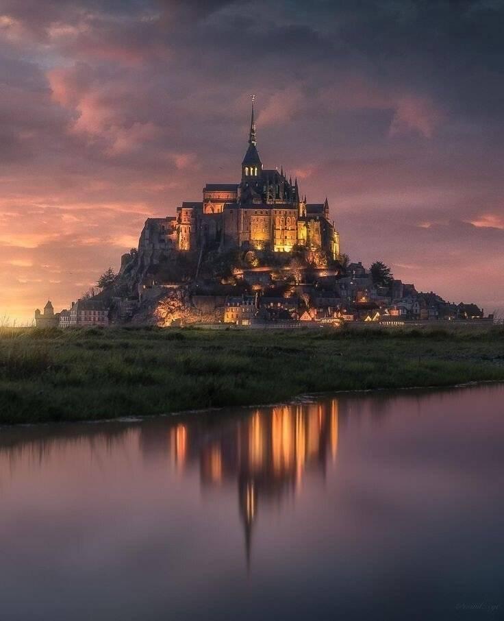 라푼젤 성의 모티브가 된 몽생미셸 수도원...jpg | 인스티즈