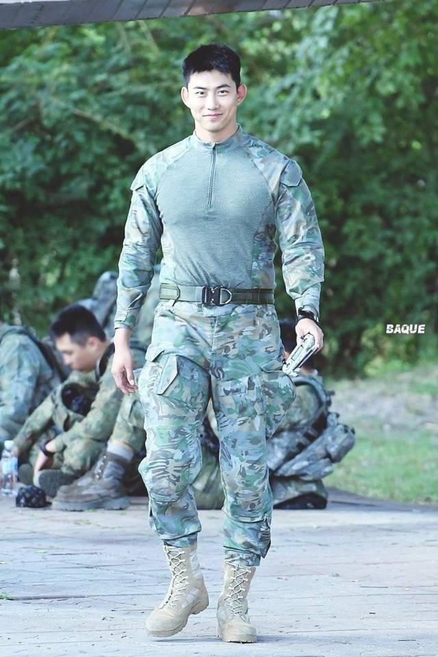군대가 필모그라피된 남돌 4대장 | 인스티즈