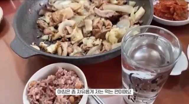 타락헬창 원래 어떻게 먹고 살았는지 궁금해서 찾아본 10개월 전 브이로그 | 인스티즈