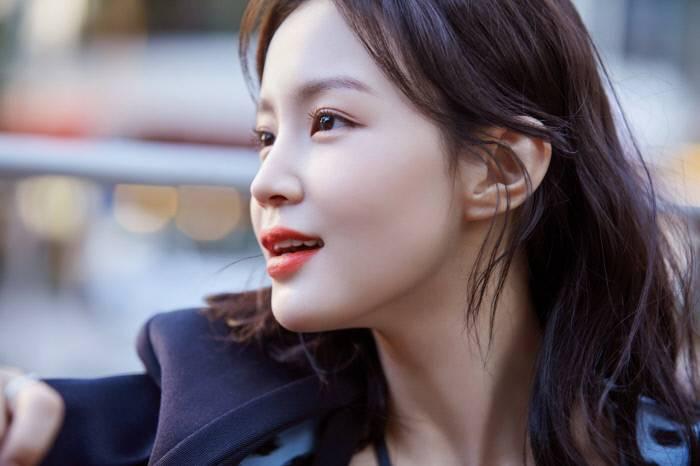'나스' 뮤즈된 이하이, 청량미 넘치는 근황 | 인스티즈