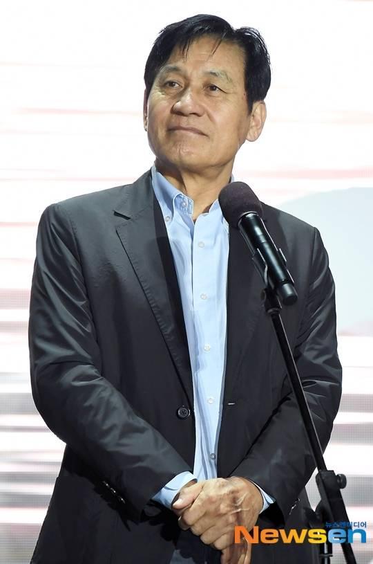 [단독] 국민배우 안성기 열흘넘게 '입원 중' 외부 행보 올스톱 속사정 | 인스티즈