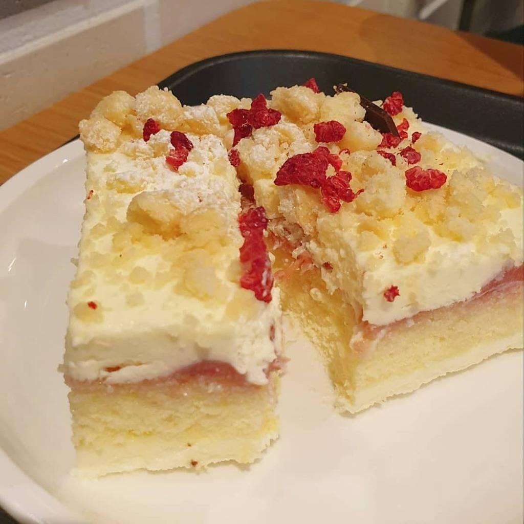 투썸플레이스 딸기레어치즈케이크......jpg | 인스티즈