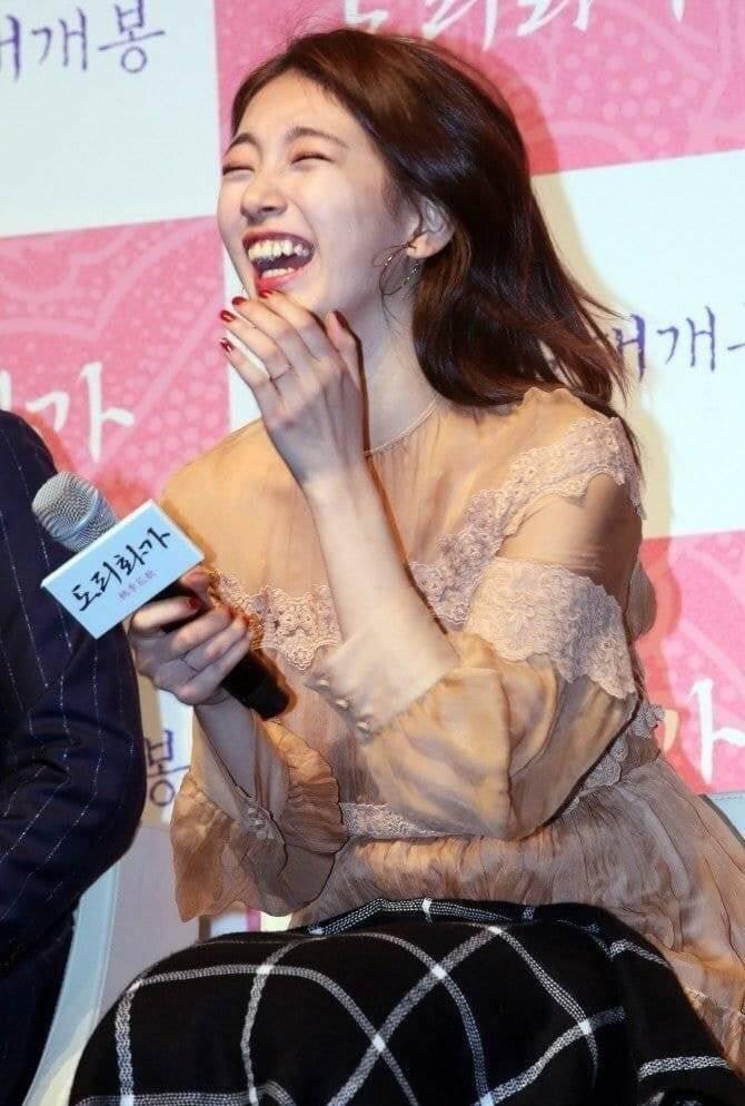 수지 담요 뺏어가는 류승룡 | 인스티즈