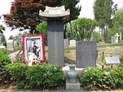 일본 정부의 가짜 뉴스 때문에 사망한 영국인 | 인스티즈