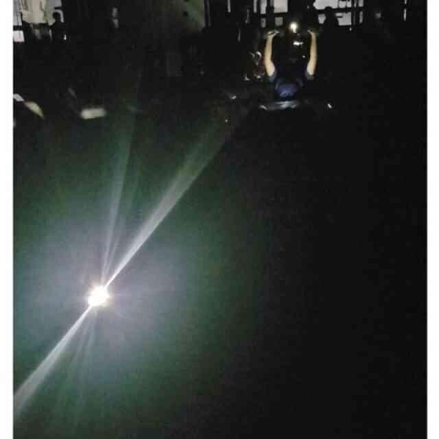어두운 방 신음소리 가득 단체로 x스 중 | 인스티즈