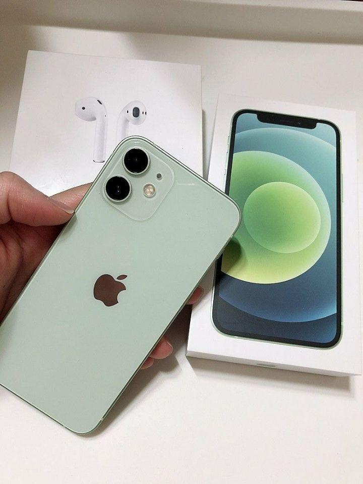 아이폰12 미니 쌈무그린 실사.JPG | 인스티즈