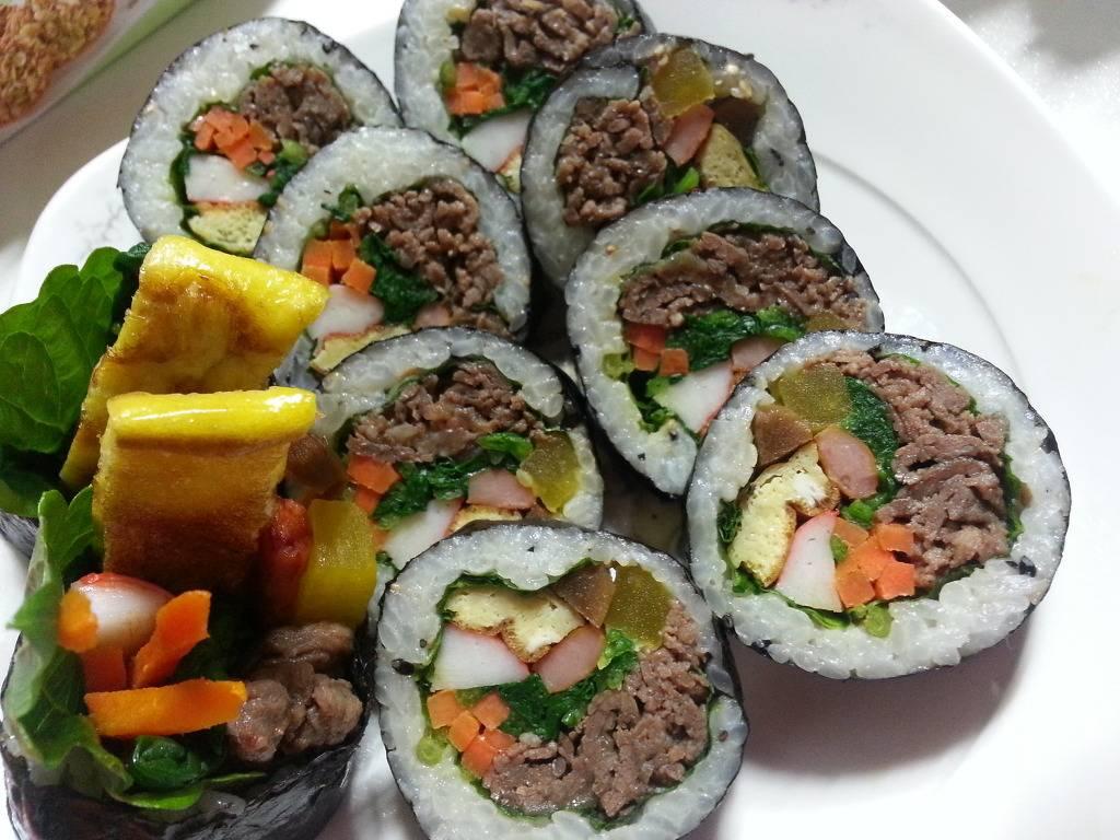 김밥 중에 한가지만 고르라면 3 개중에 최고봉은??? | 인스티즈