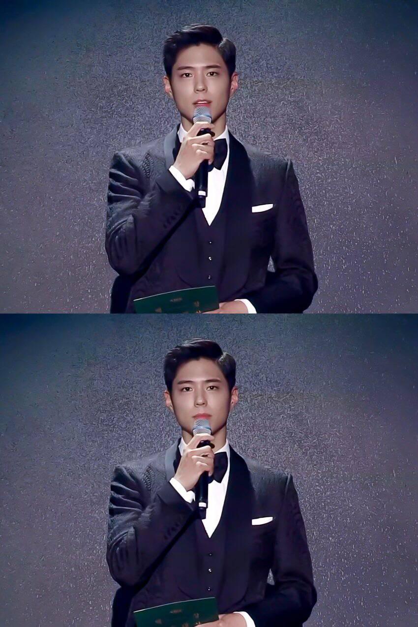 박보검 생로랑 수트 입은 근황.jpg | 인스티즈