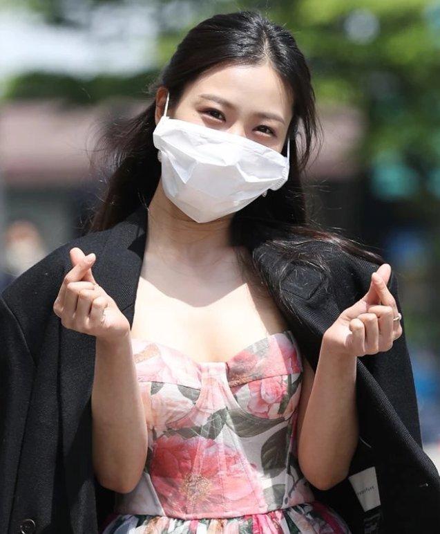 요즘 연예인 마스크 크기.jpg | 인스티즈