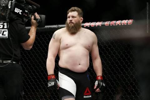 ??? : 뚱뚱한 몸매도 자기관리와 노력이 필요하거든요?   인스티즈