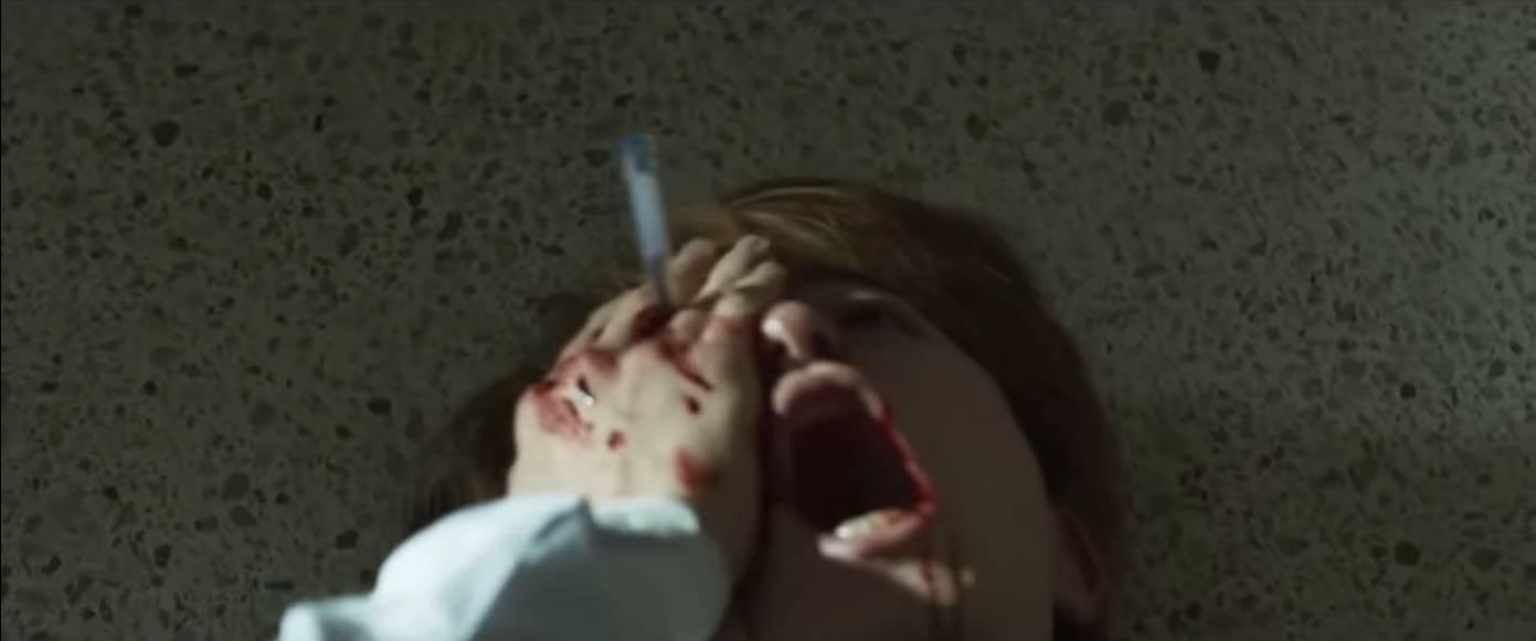 볼펜으로 일진 눈을 찔러버렸어요....   인스티즈