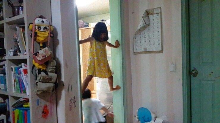 어린이만 가능한 자세.jpg | 인스티즈