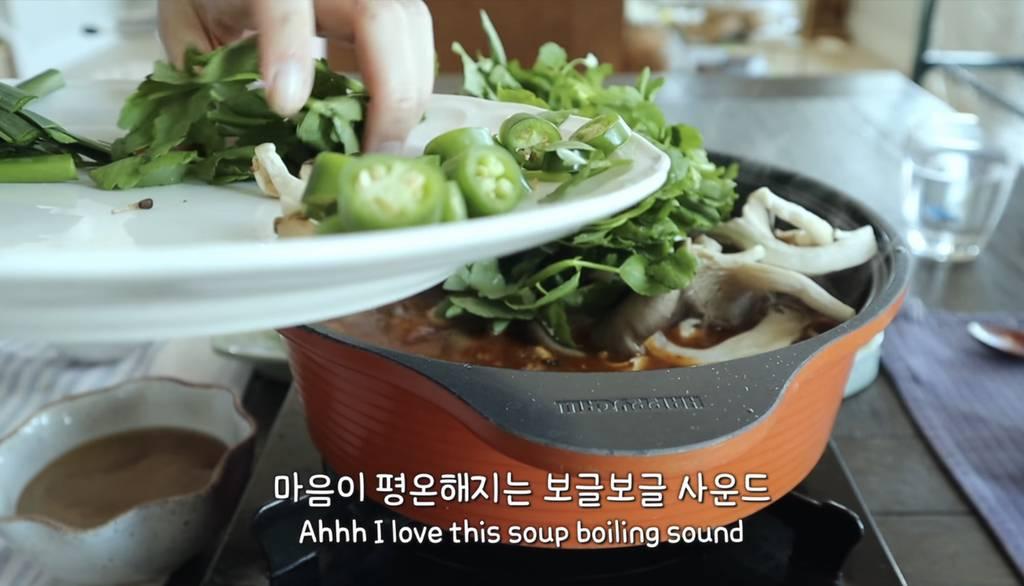 캐나다 살면서 한국음식 알차게 해먹는 유튜버 | 인스티즈