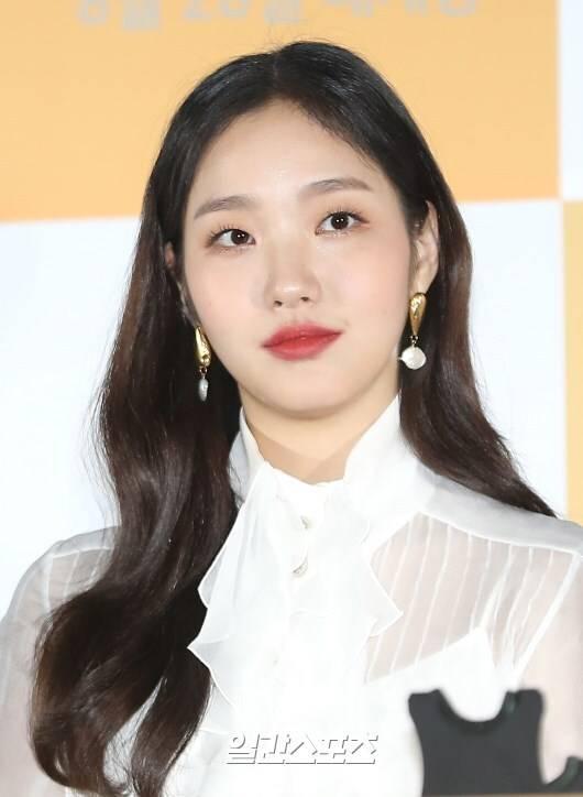[단독] 김고은, '유미' 흥행 잇는다.. '작은 아씨들' 주인공 | 인스티즈